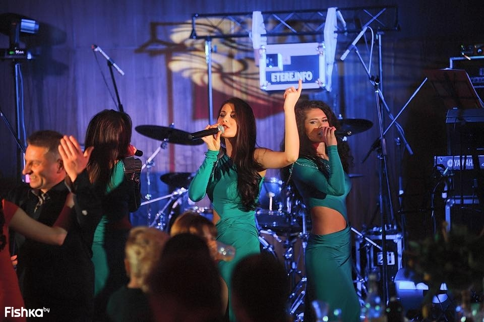 muzikalnaya-gruppa-las-vegos-eroticheskie-foto